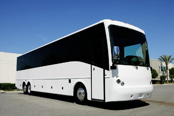 Charter Party Bus in Memphis