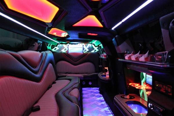 Chrysler 300 limo Hughes